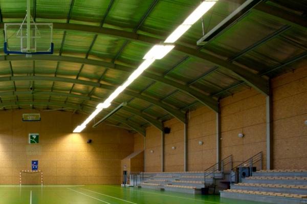 Construction du gymnase de Loures Barousse